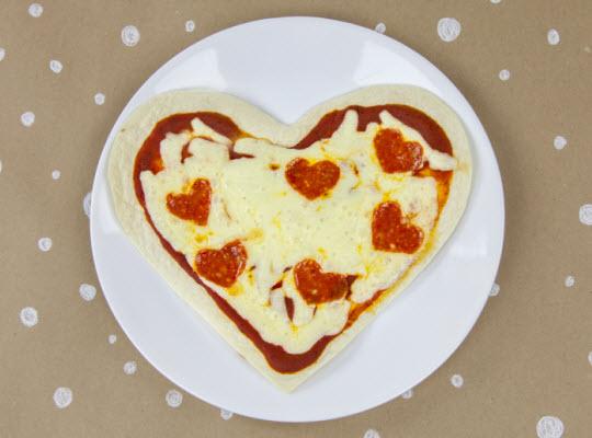 Snacks that start with V - Valentine-y Pizza