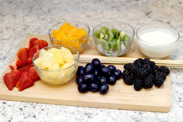 rainbow fruit skewer ingredients